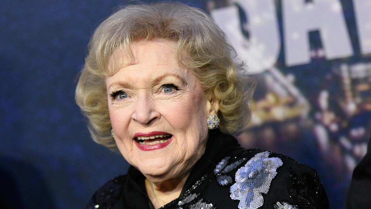 Betty White attends the SNL 40th Anniversary Special at Rockefeller Plaza on Sunday, Feb. 15, 2015, in New York.