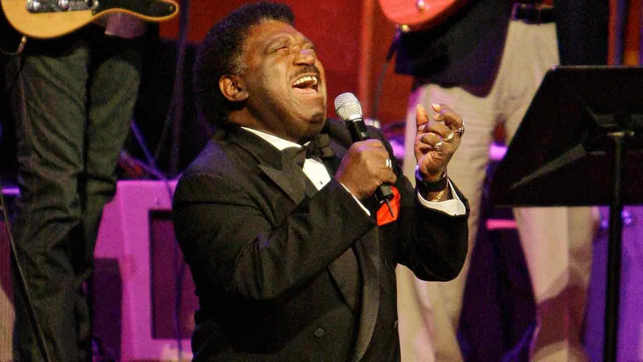 In this Oct. 28, 2008 photo, Percy Sledge performs When a Man Loves a Woman at the Musicians Hall of Fame awards show in Nashville, Tenn.