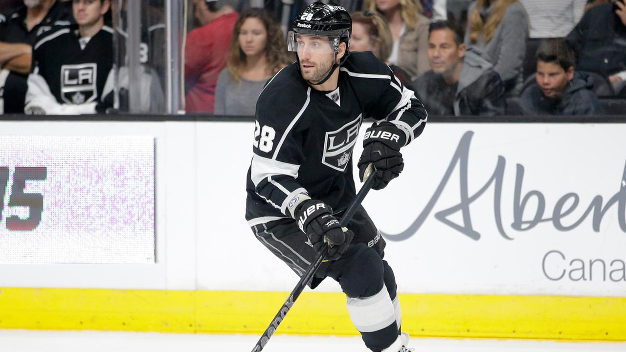 Los Angeles Kings Jarret Stoll skates during the first period of an NHL hockey game against the Anaheim Ducks Saturday, Nov. 15, 2014, in Los Angeles.