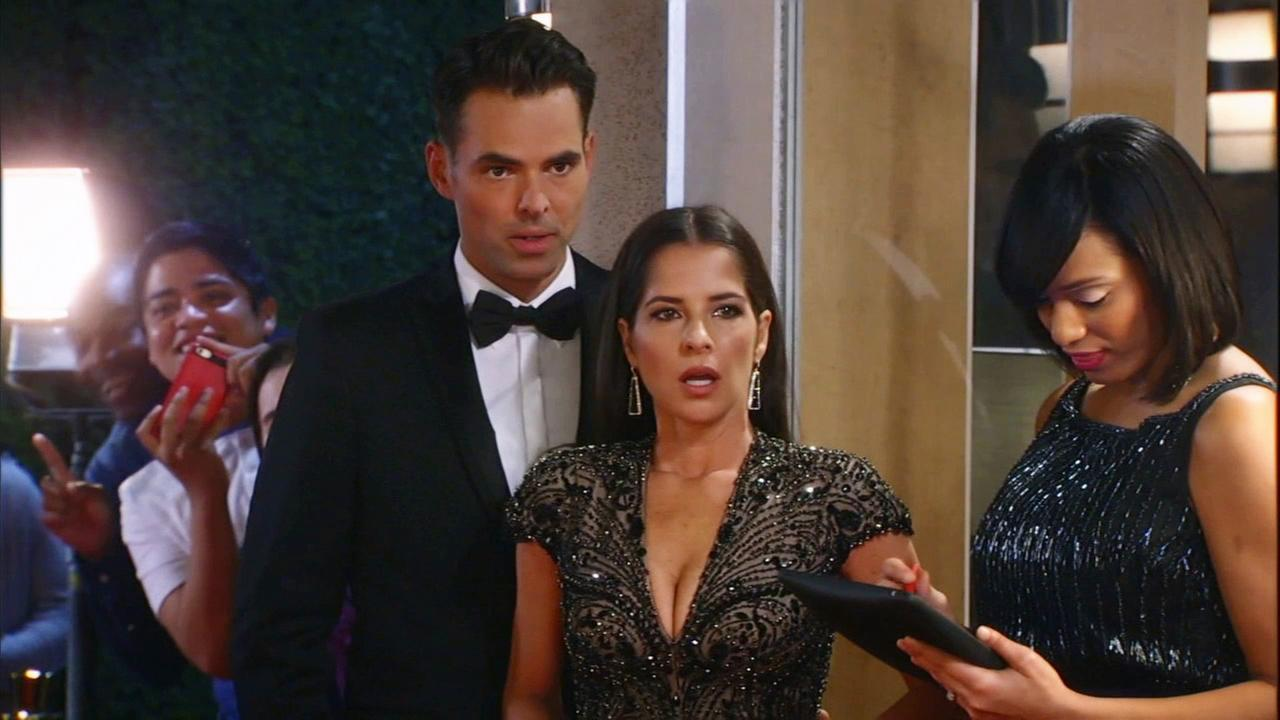 Jason Thompson and Kelly Monaco appear in an episode of General Hospital.