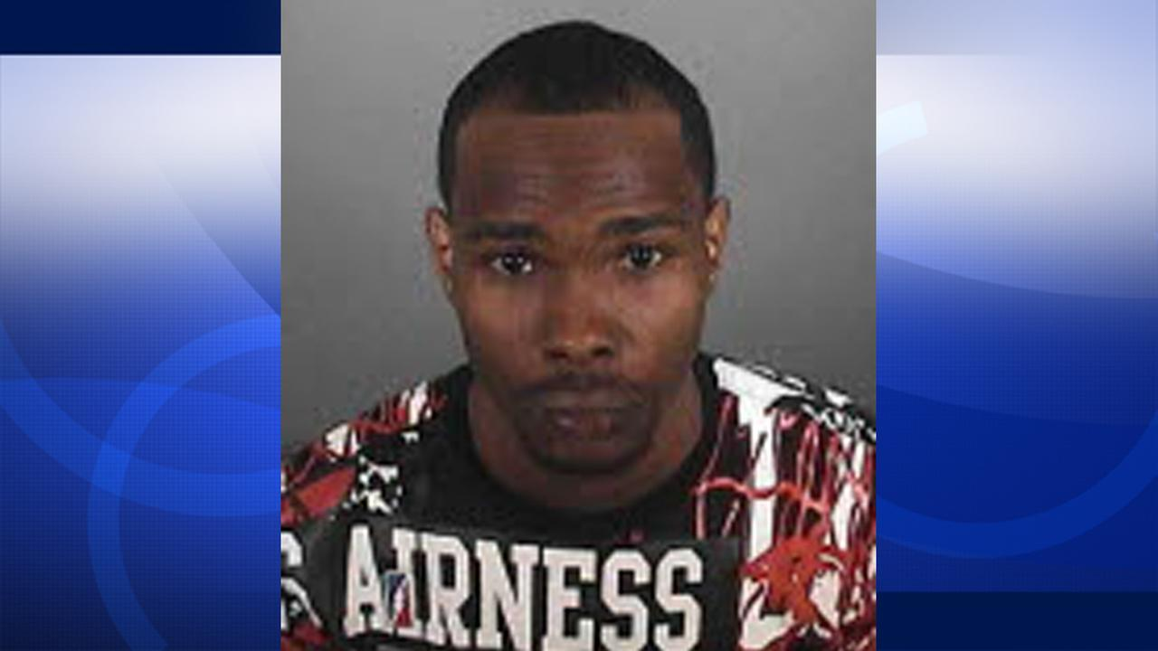 Randy Green is suspect of taking his 14-month-old daughter from her grandmothers Leimert Park home on Tuesday.