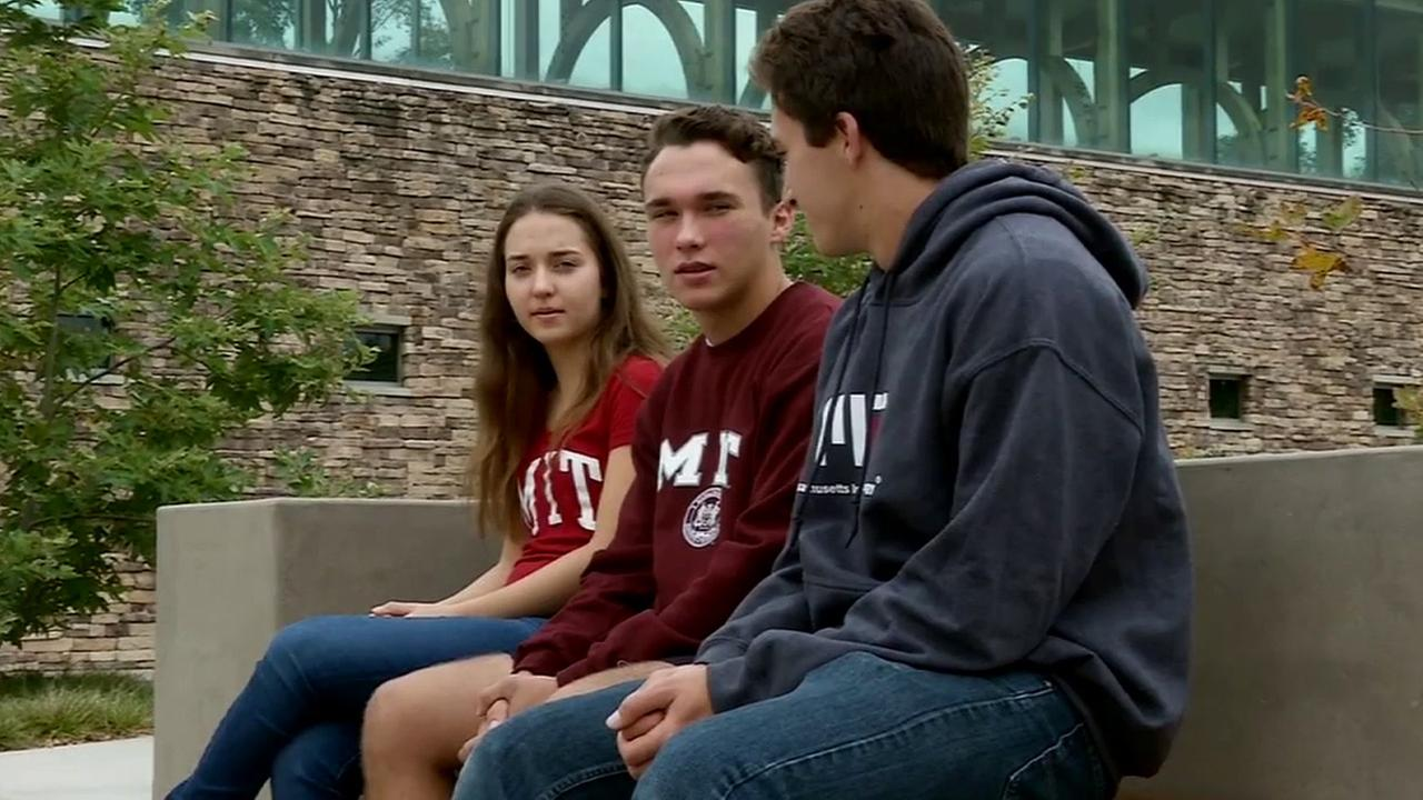Triplets from Newport Beach are used to drawing attention, but fellow students at the Massachusetts Institute of Technology will be doing a triple take this fall.