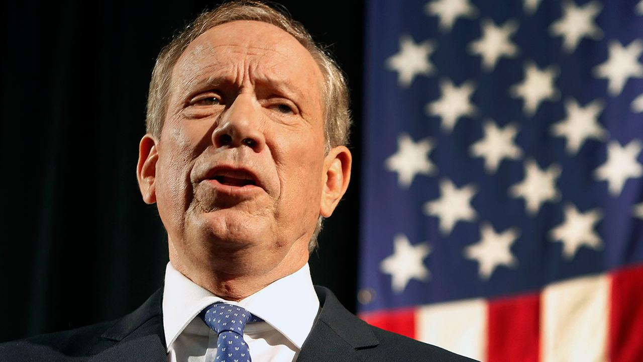 Former New York Gov. George Pataki announces his plans to seek the Republican nomination for president, Thursday, May 28, 2015, at the historic town hall in Exeter, N.H.