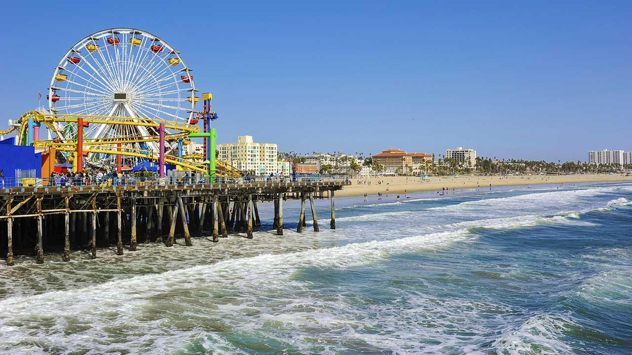 california beaches ranked in annual heal the bay report card. Black Bedroom Furniture Sets. Home Design Ideas