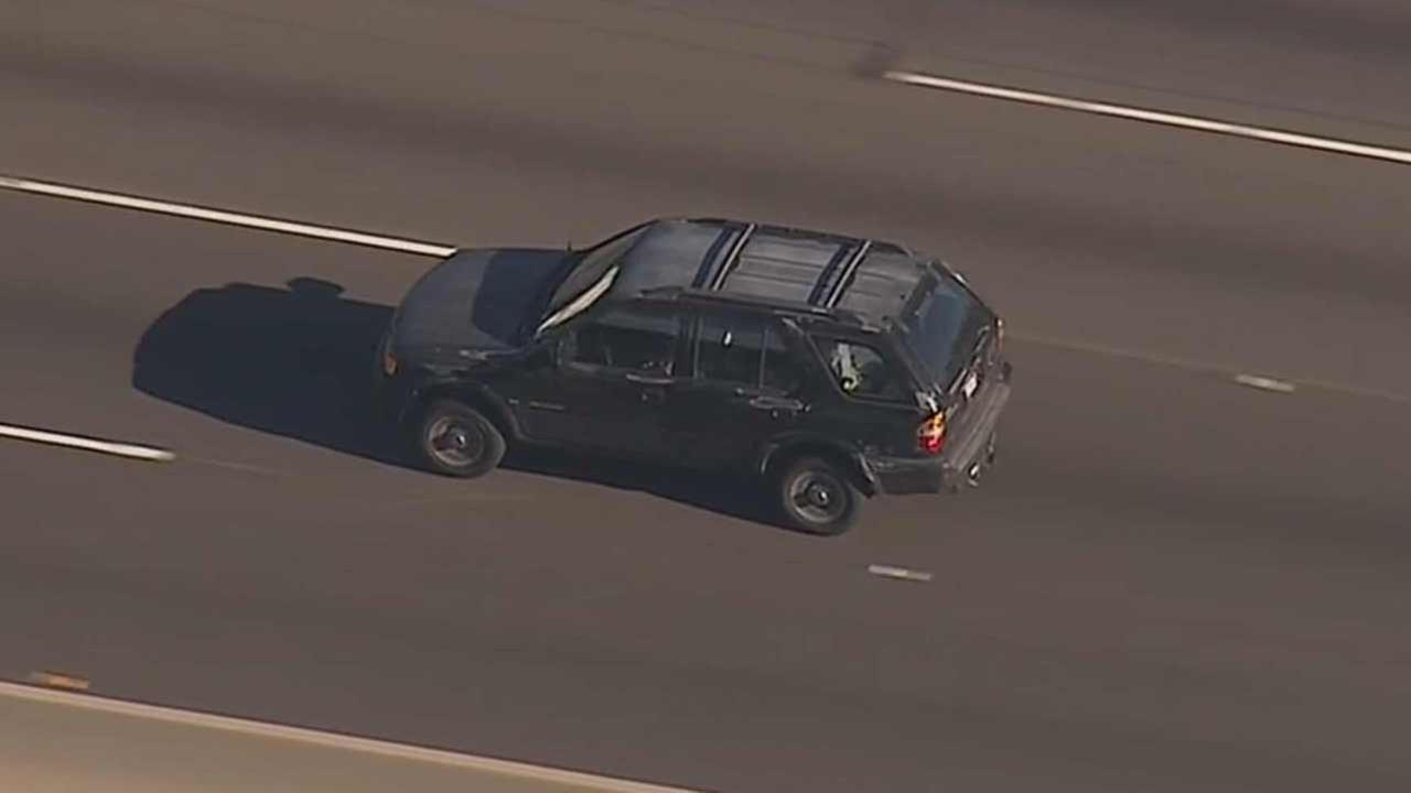 A suspect wanted for reckless driving led California Highway Patrol on a high-speed chase from the San Fernando Valley to the Mid-City area of Los Angeles Friday, July 3, 2015.