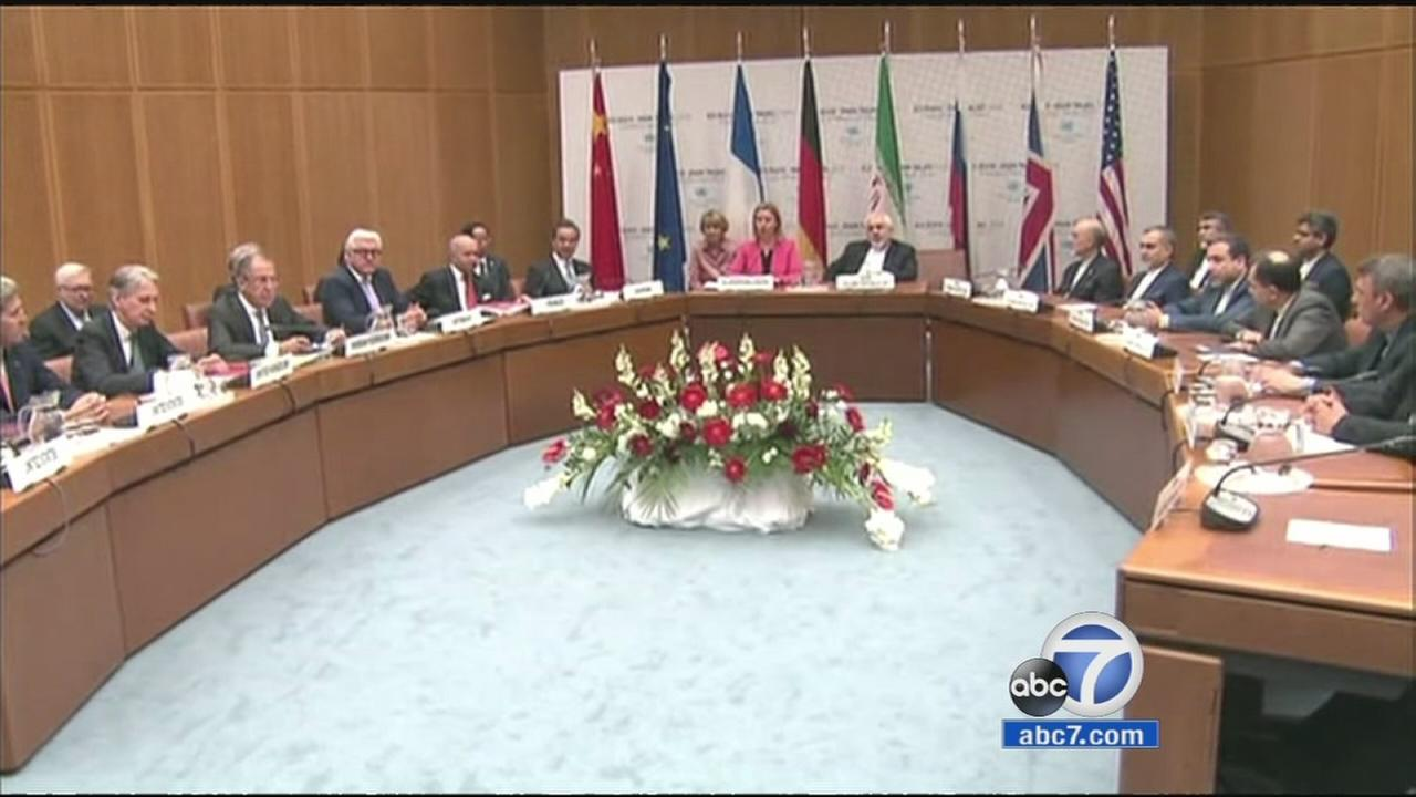 World leaders hold a session about the Iranian nuclear program that is being held at the United Nations building in Vienna, Austria in July 2015.