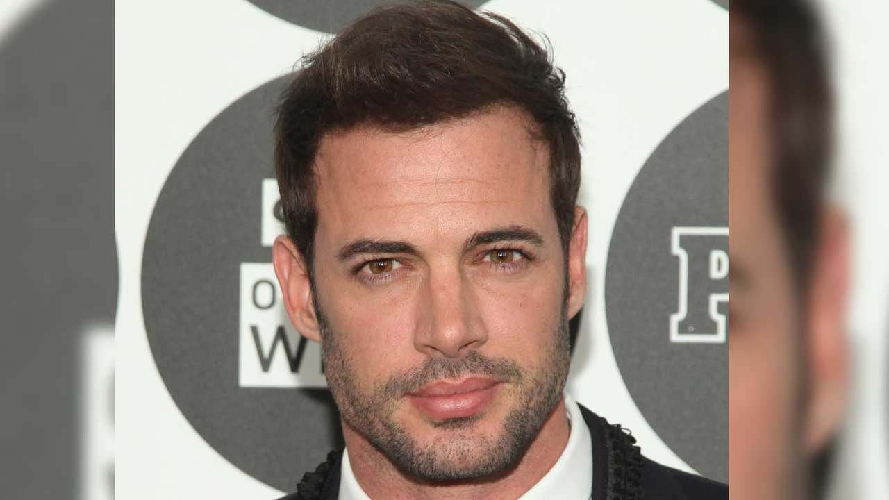William Levy, seen here in file footage from the Associated Press, will co-host Premios Juventud 2015.