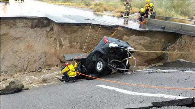 Interstate 10 closed east of Coachella after bridge collapse