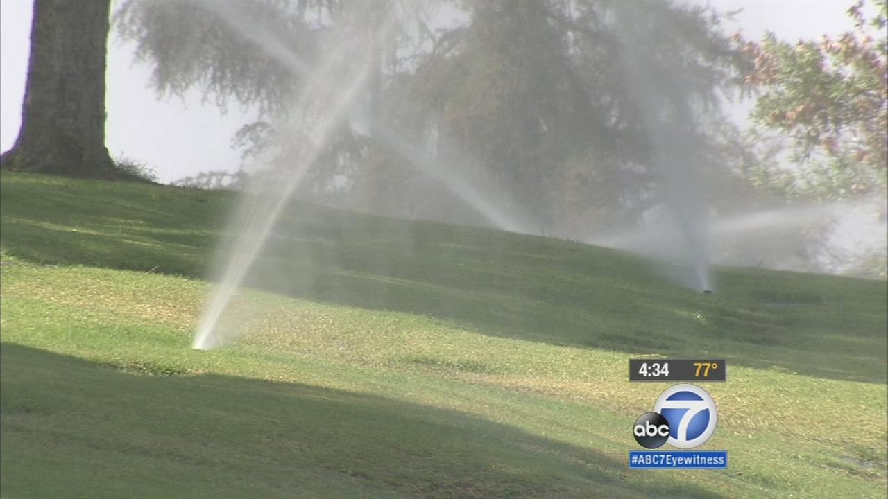Calif. water use drops: Californians Water Use