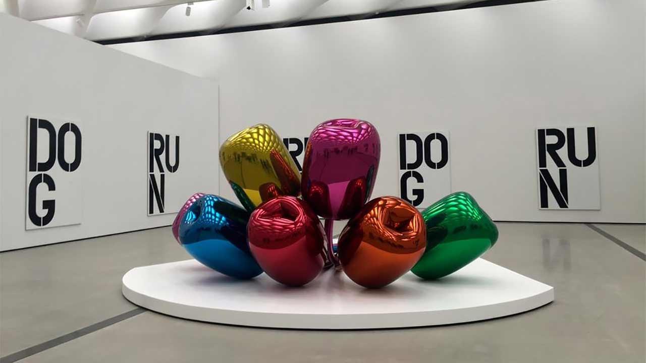 Jeff Koons giant steel sculpture Tulips is located in The Broads third-floor galleries.