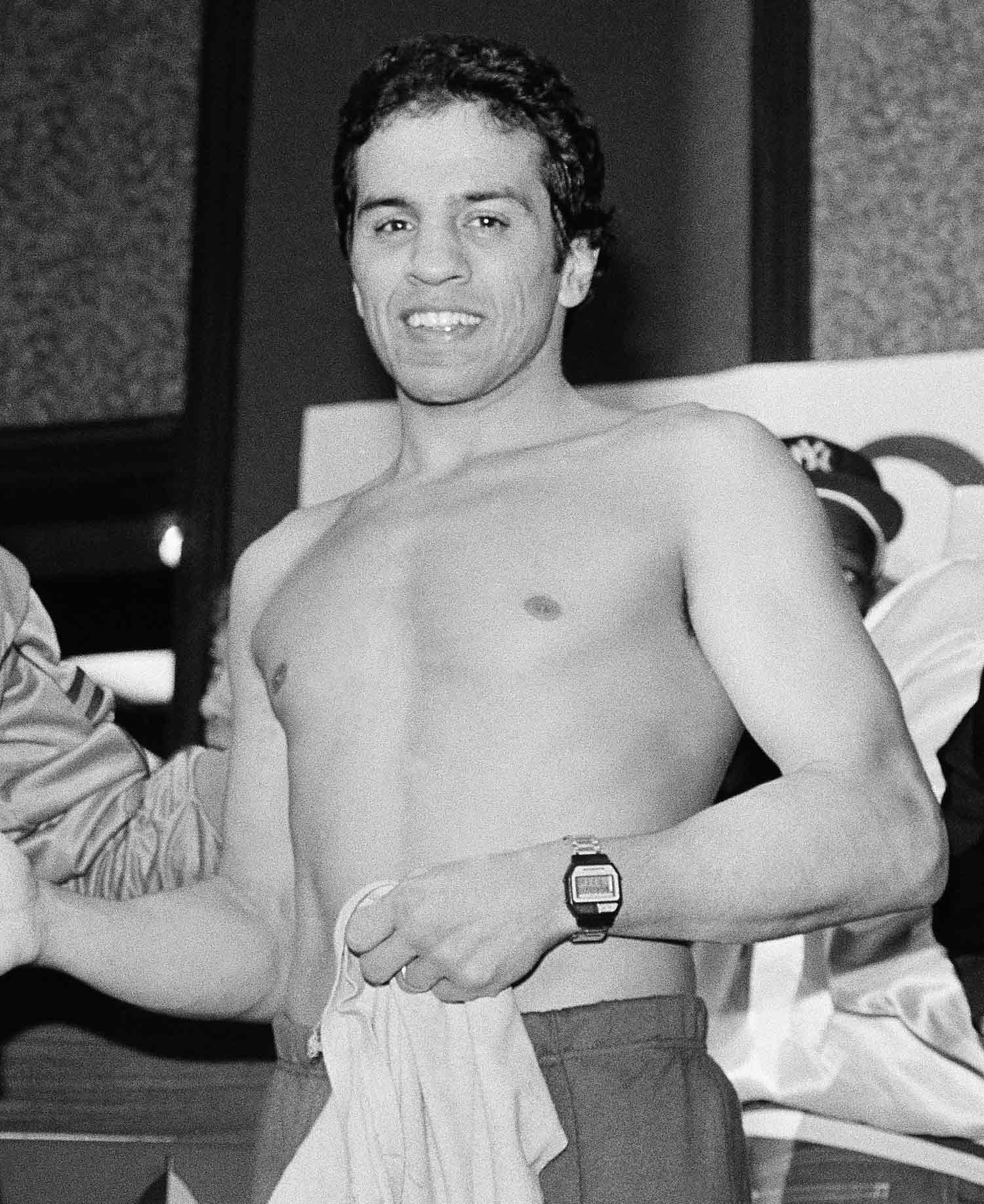 "<div class=""meta image-caption""><div class=""origin-logo origin-image ap""><span>AP</span></div><span class=""caption-text"">Bobby Chacon, an International Boxing Hall of Famer and featherweight champion, died on Sept. 7, 2016. He was 64. (AP Photo/Walt Zeboski)</span></div>"