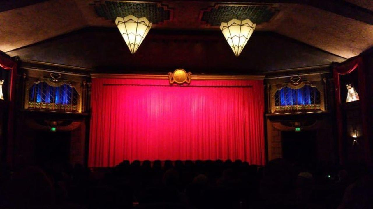 Vista Theater. | Photo: Sigmund W./Yelp