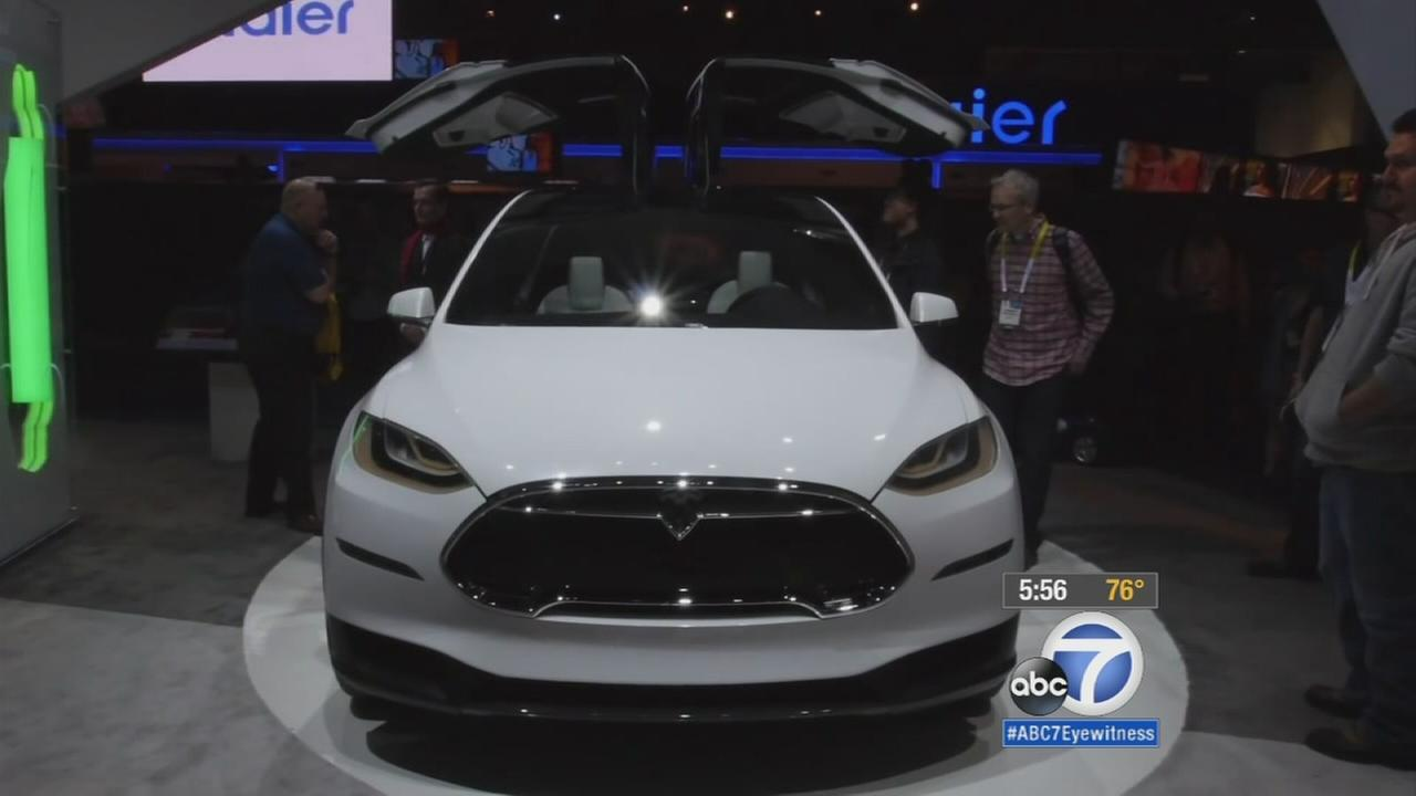 Teslas first SUV, the Model X, is finally hitting the road