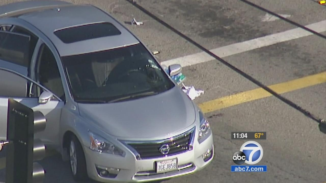 1 dead, 1 wanted after shootout in Pomona