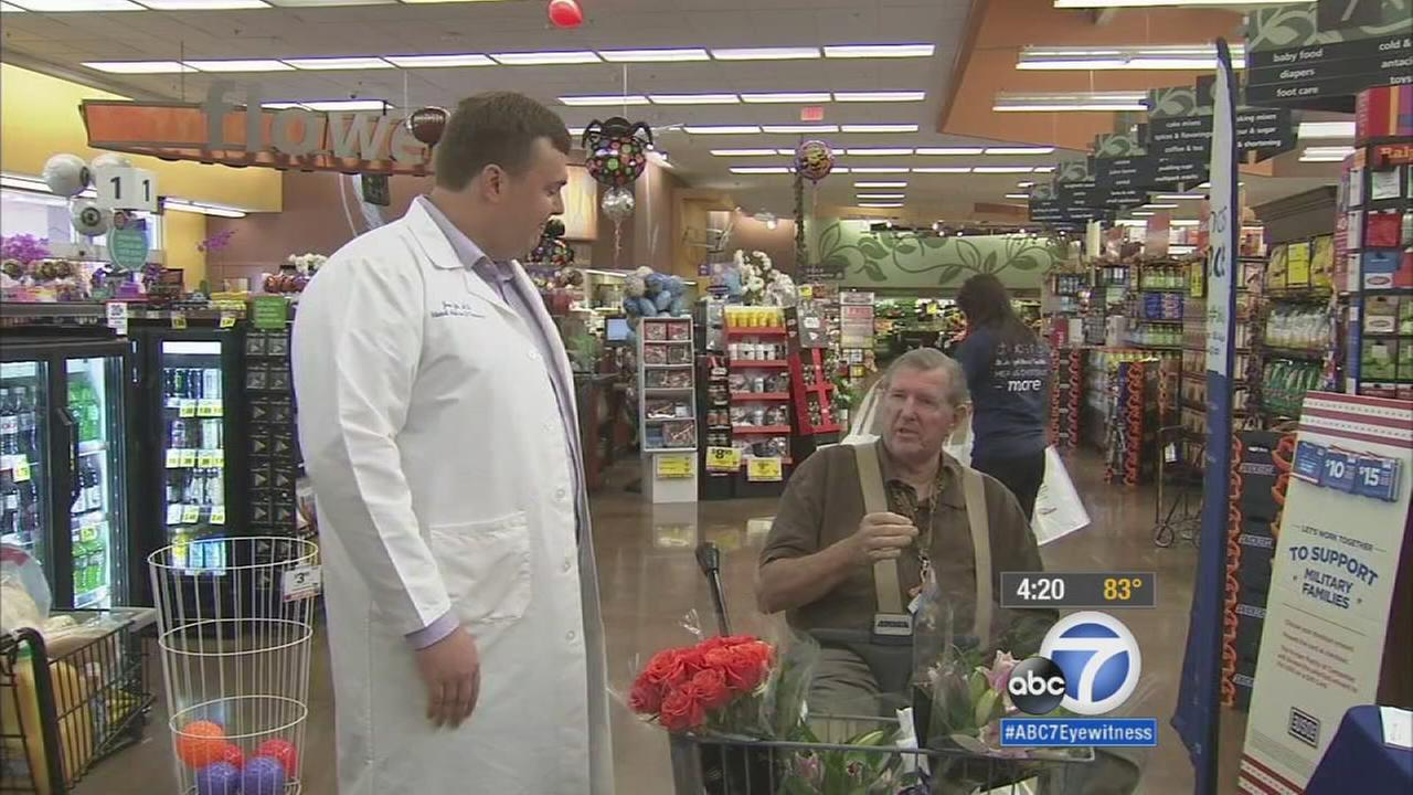 A nutritionist and doctor is shown shopping with a customer and patient inside of a Ralphs Grocery Store.