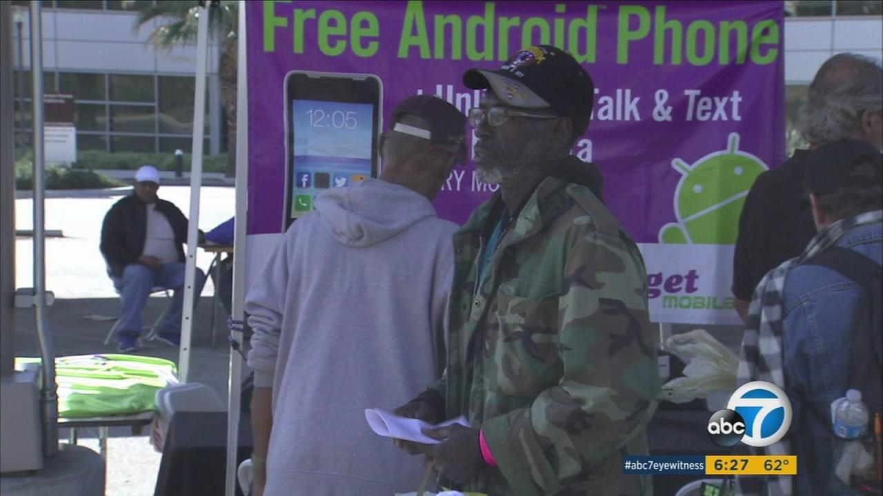 Homeless veterans receive helping hand at West LA Stand-Down event