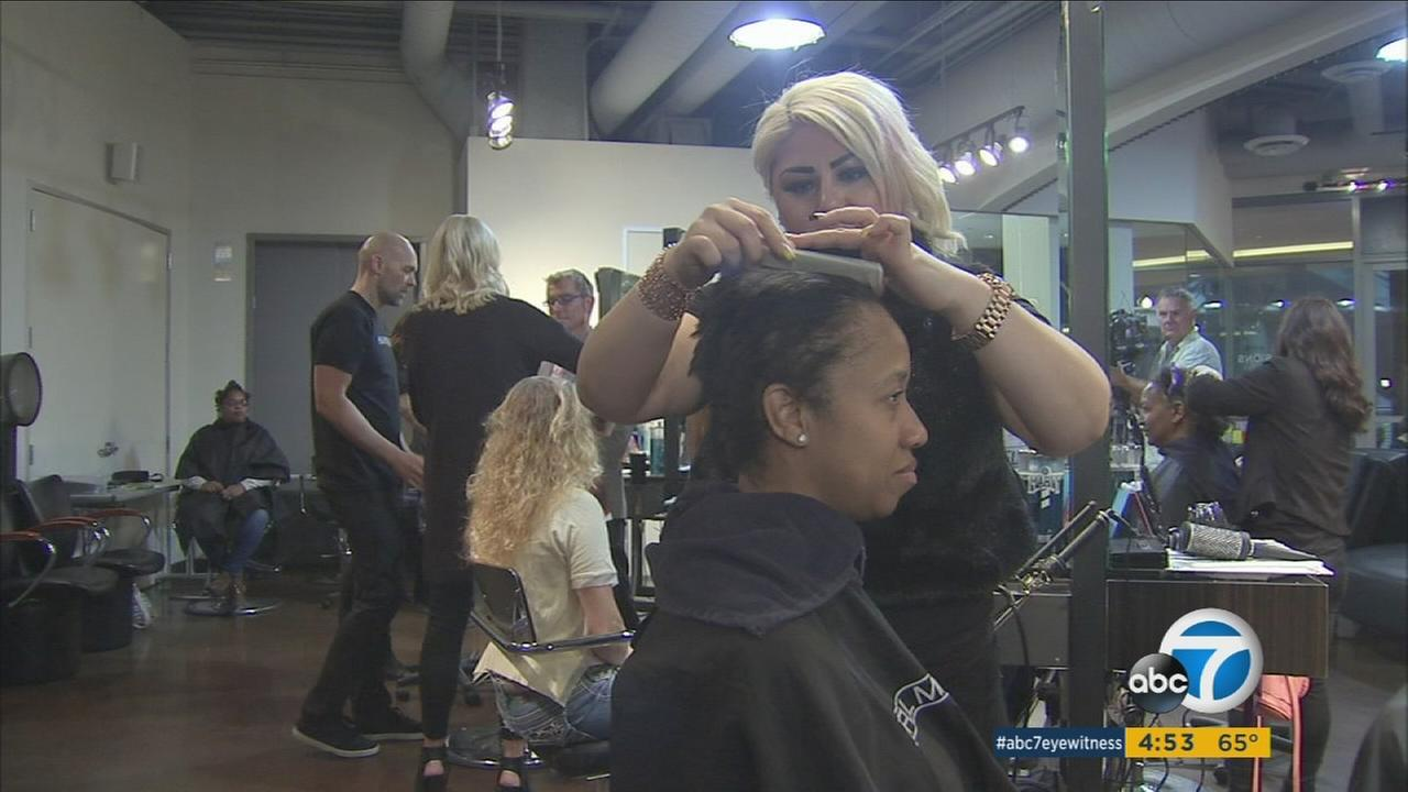 A hairstylist cuts a female veterans hair during a makeover event in Sherman Oaks on Monday, Nov. 9, 2015.