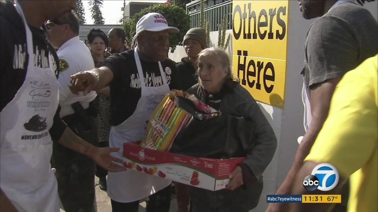 Jackson Limousine Service is upholding a Thanksgiving tradition 33 years in the making by giving away an estimated 12,000 baskets of complete turkey dinners to the community in South Los Angeles.