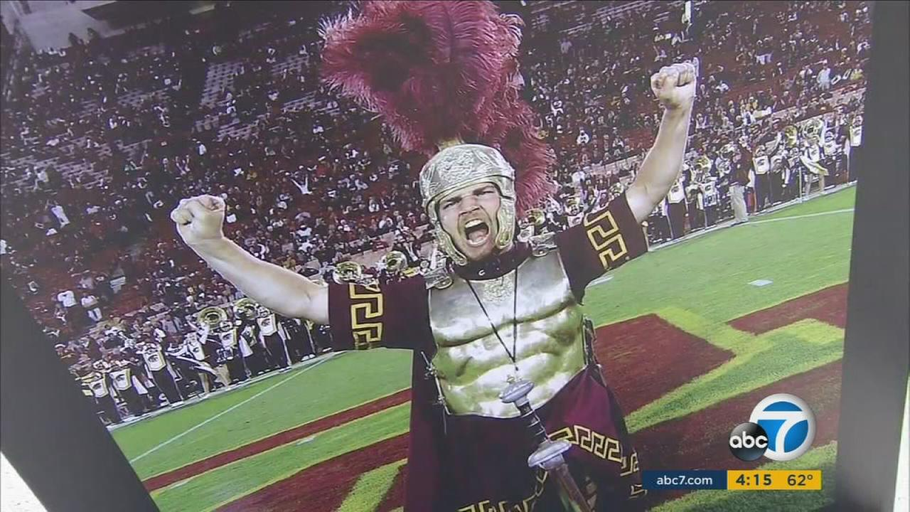 As fans and players prepare for the highly anticipated Saturday rivalry football game, USC and UCLA will be in a donation battle against hunger.