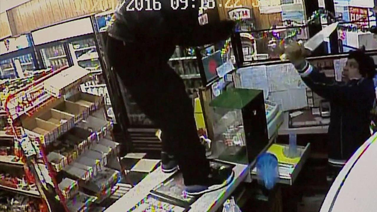 A store owner in Massachusetts has put would-be robbers on notice: Hes no easy target. When attacked by a knife-wielding man, the he fought back with a knife of his own.