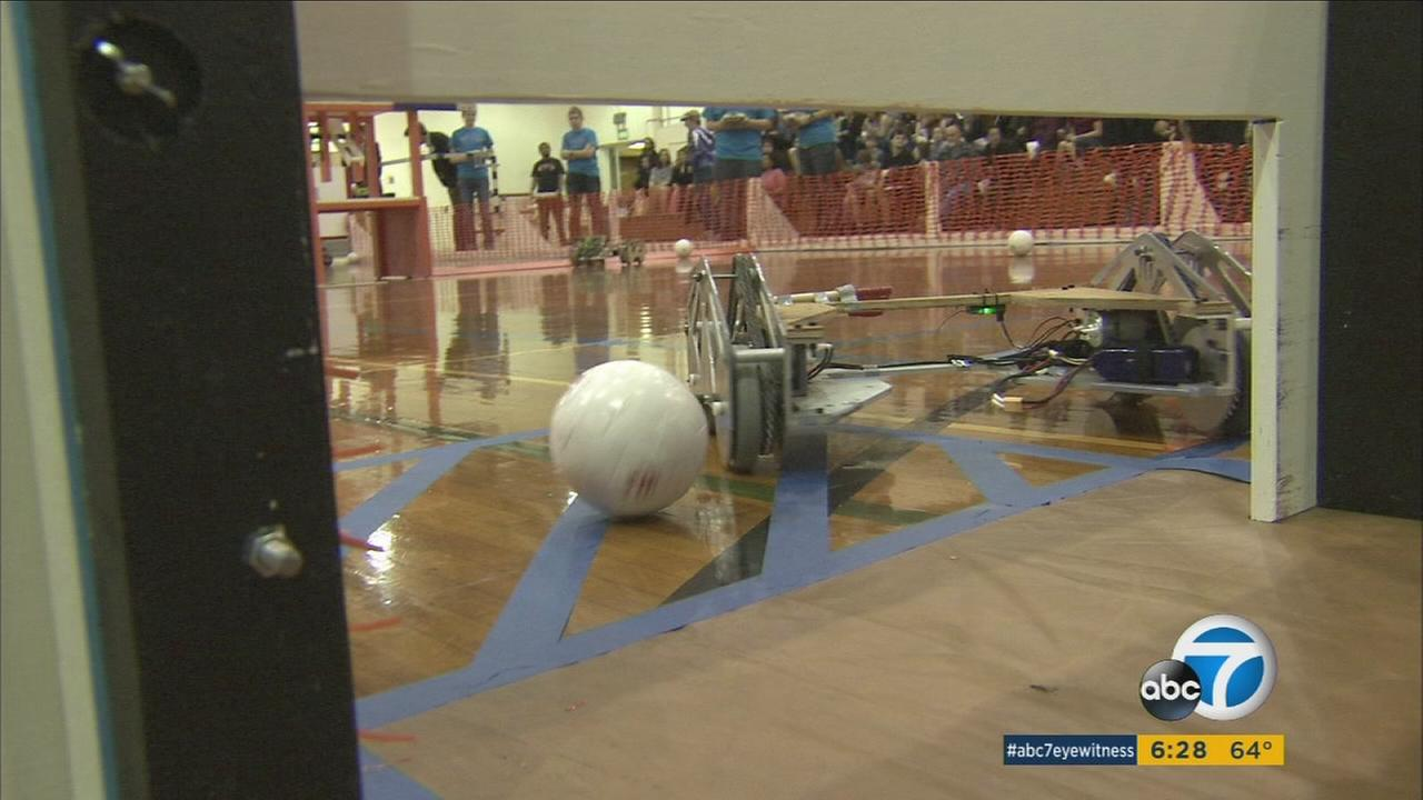 A tournament at Caltech lets students test their skills by building soccer-playing robots.