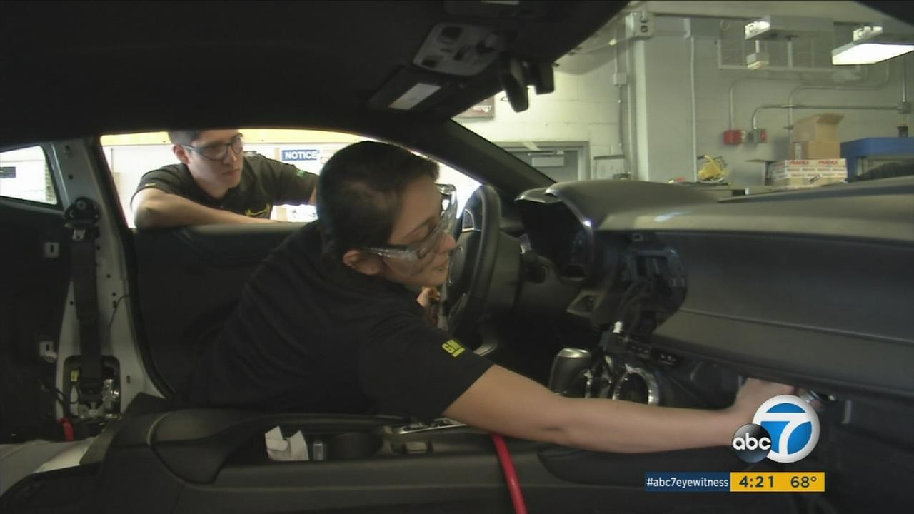Engineering students at California State University Los Angeles are building a hybrid 2016 Chevrolet Camaro for the EcoCAR3 competition.