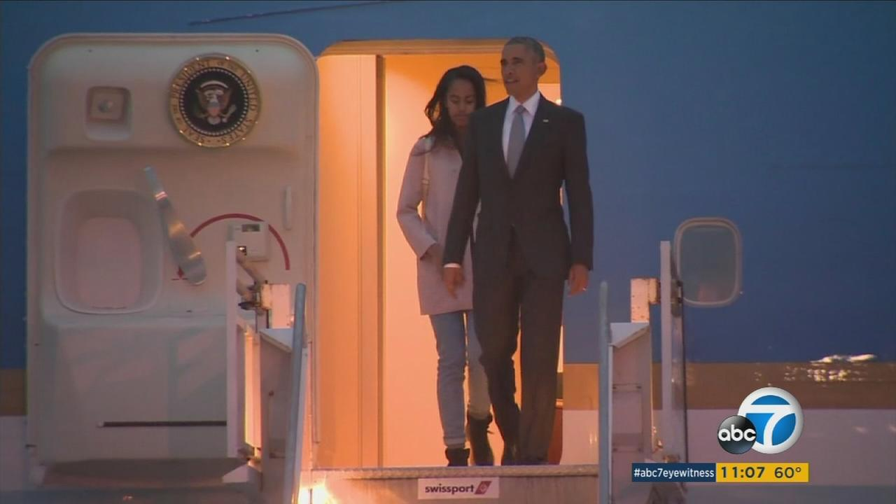 President Barack Obama lands at the Los Angeles International Airport for a pair of Democratic fundraisers in Southern California on Thursday, April 7, 2016.