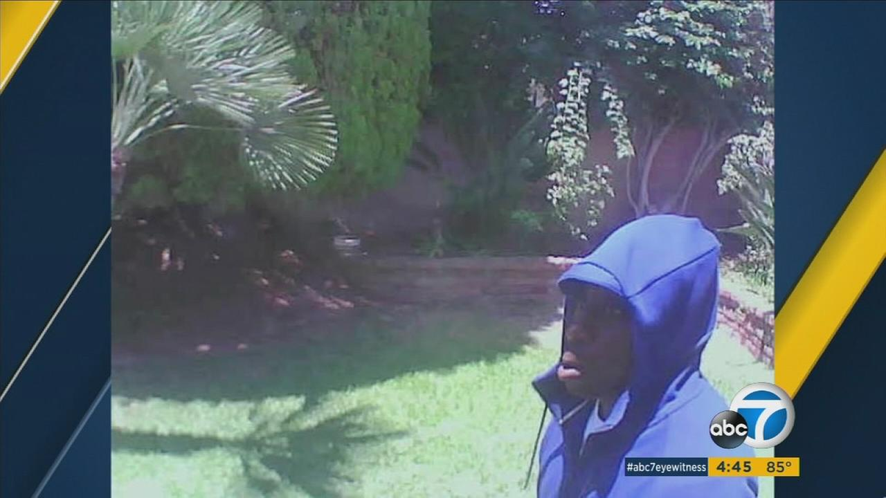 Camera captures faces of 2 burglars who broke into West Covina home