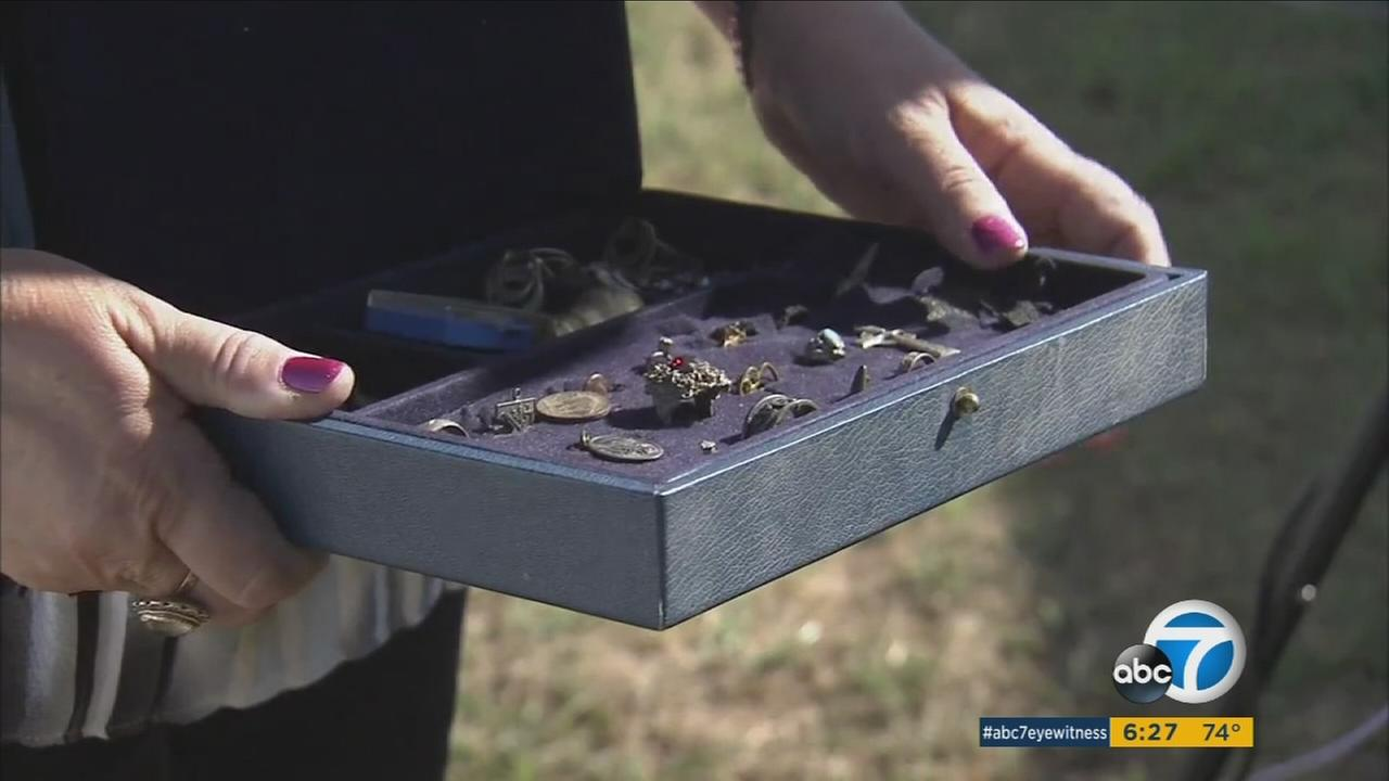 Modern-day treasure hunters with some high-tech gear have unearthed a wealth of jewelry, but one ring in a recent haul didnt belong to their treasure, and they returned it to its rightful owner.