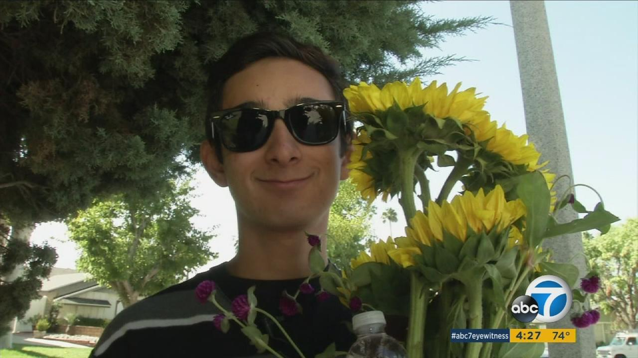 Cool Kid Daniel Rodriguez stared The Sunshine Project, which delivers flowers to brighten peoples days.