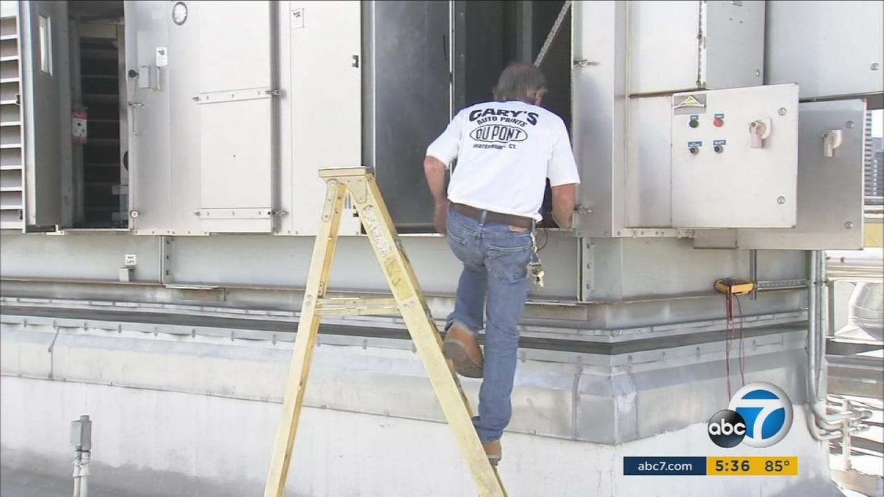 Service technicians are busy trying to fix broken air conditioning units at SoCal school campuses.