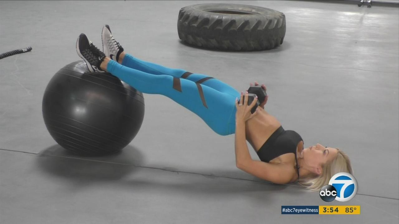 A fitness expert shows strength training exercises that can help women build lean muscle.