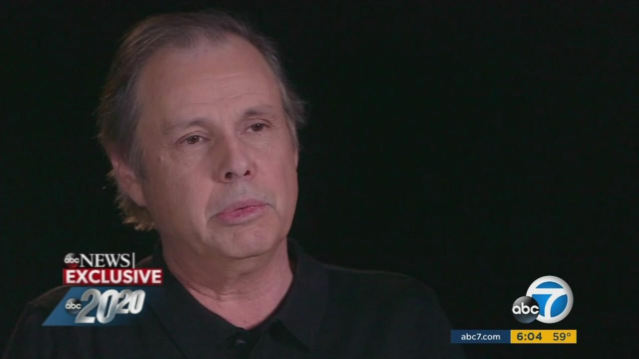 Todd Fisher speaks to ABCs Elizabeth Vargas about the death of his sister, Carrie Fisher, and his mother, Debbie Reynolds.