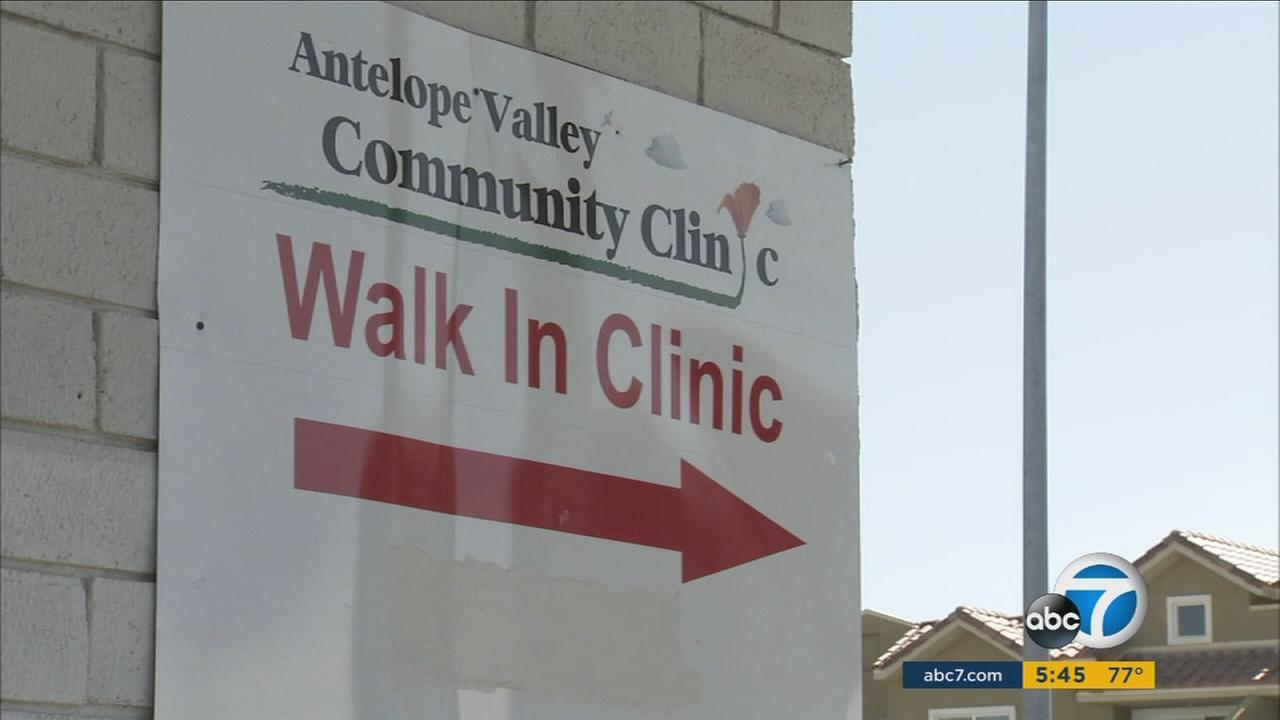 A sign shows the entrance to the Antelope Valley Community Clinic.