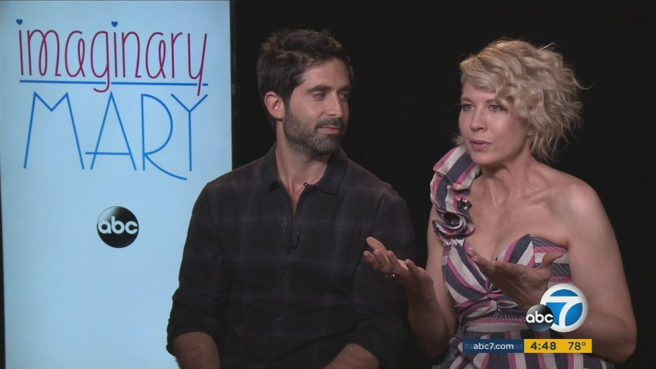 Jenna Elfman and Stephen Schneider star in ABCs Imaginary Mary.