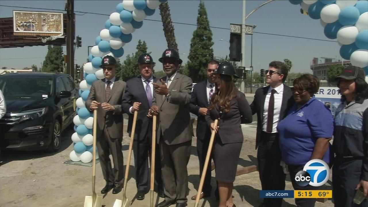 Honda dealership officials break ground on a new dealership that will be opening in South Los Angeles.