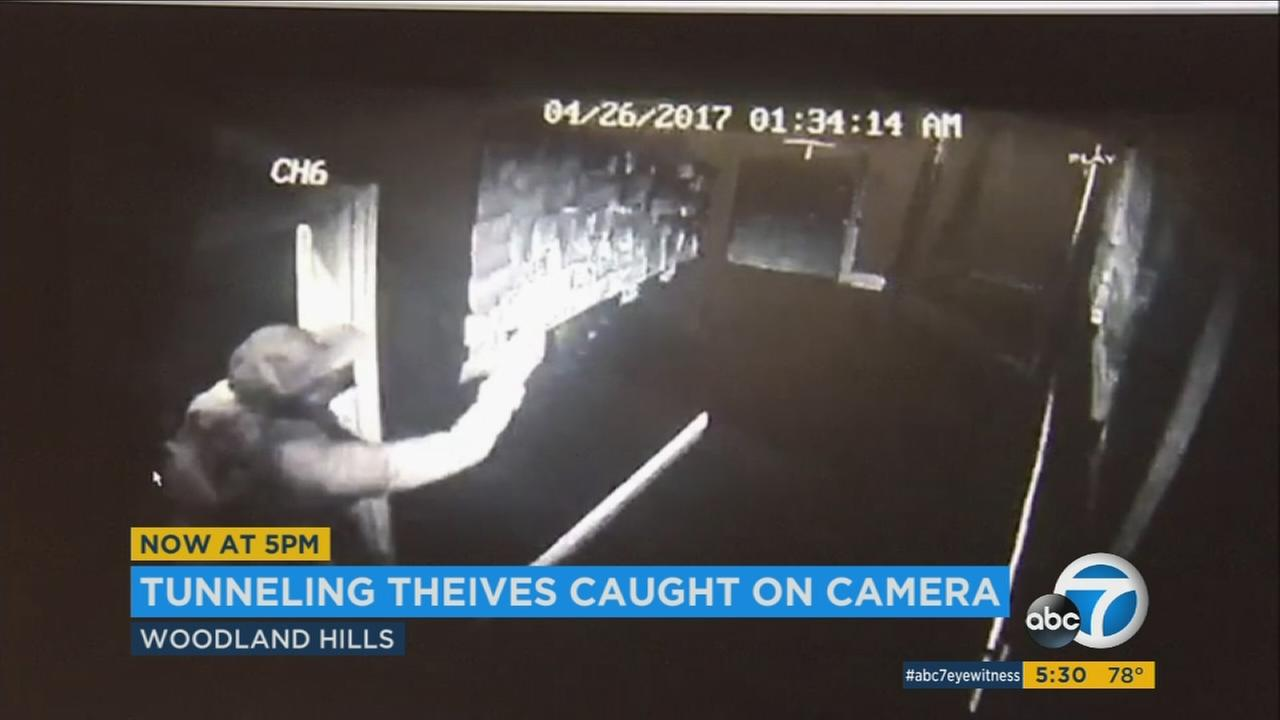 Burglary suspects tunnel through Woodland Hills business to steal from another