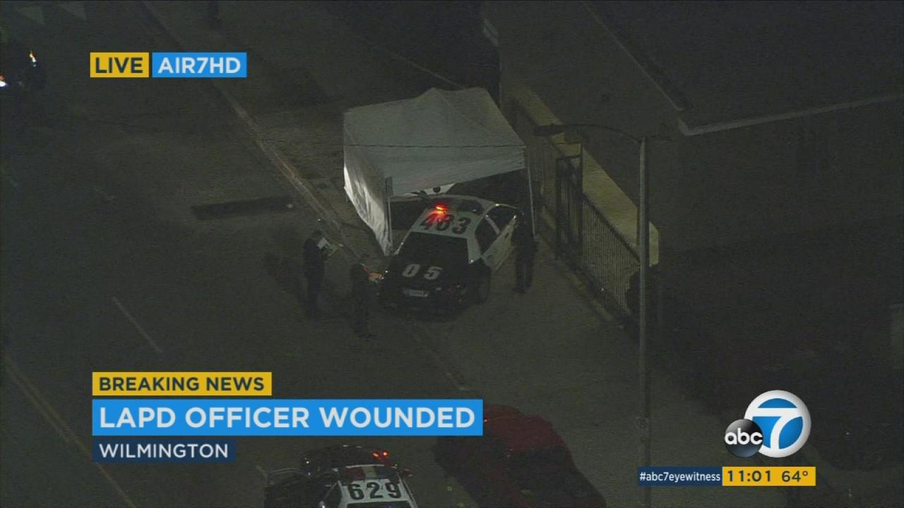 LAPD officer hurt in Wilmington responding to man-with-gun call