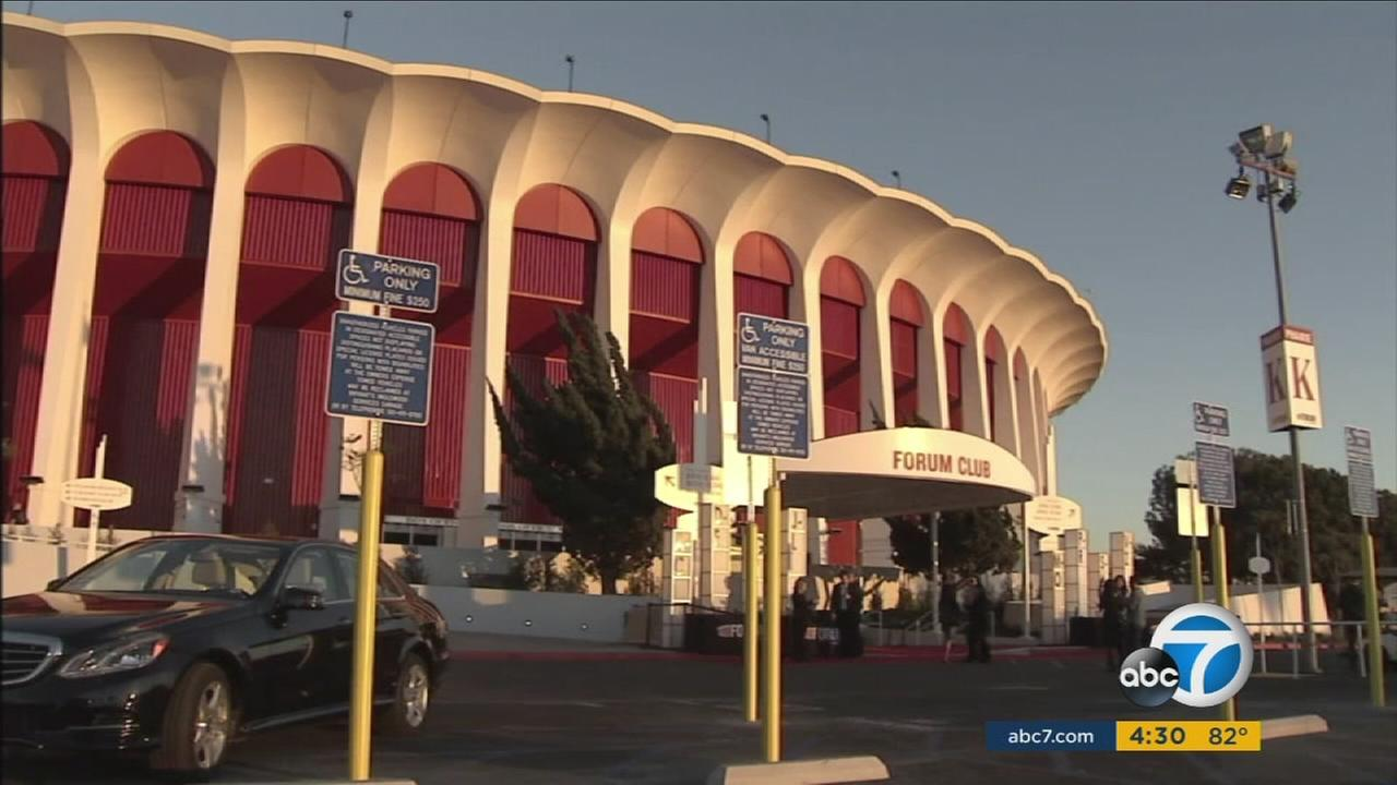 The owners of The Forum are eyeing legal action against Inglewood, claiming the city misled them as it quietly made plans for a new Los Angeles Clippers arena.