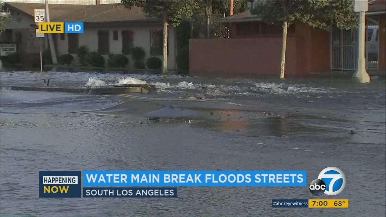 A water main break in South Los Angeles caused major street flooding problems Sunday morning.