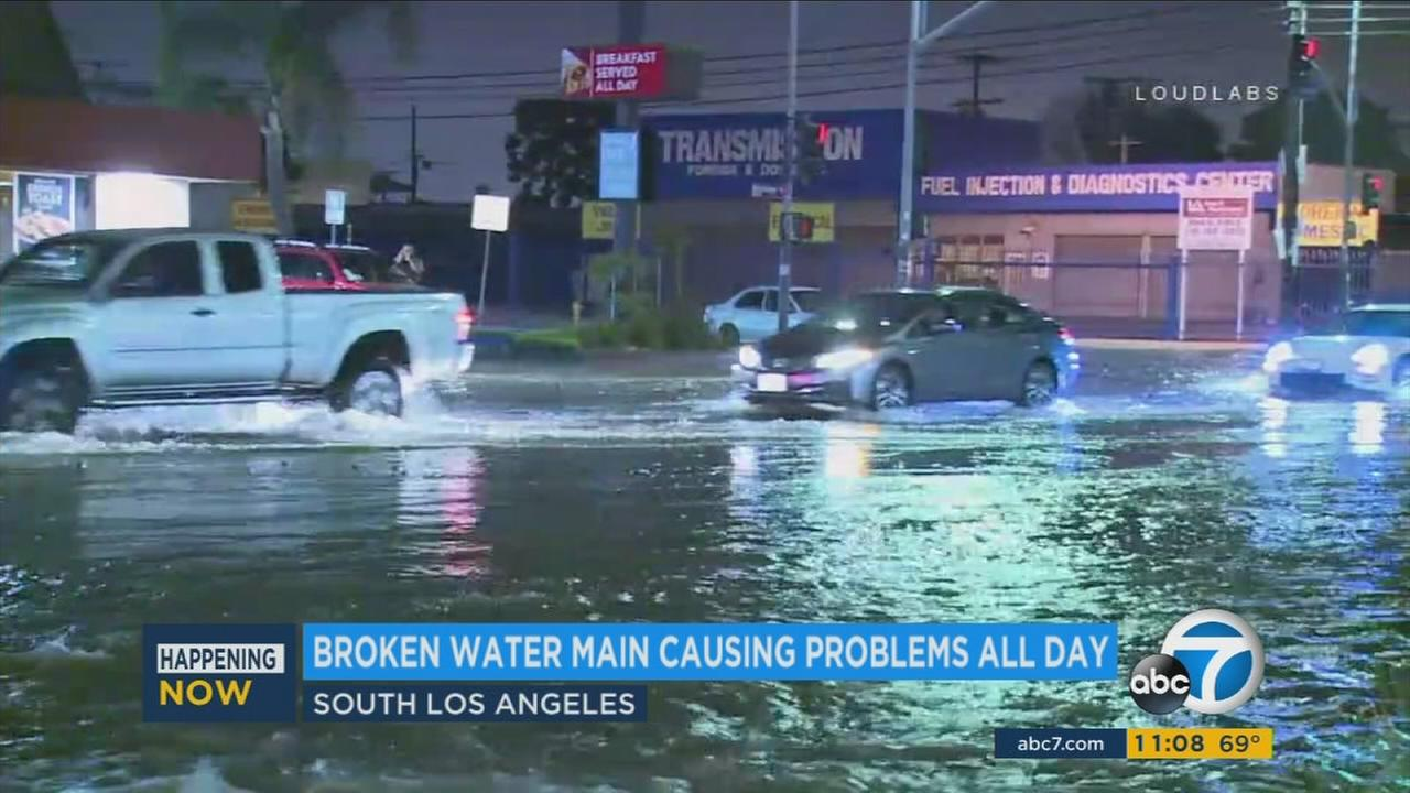 A water main break in South Los Angeles caused major street flooding problems Sunday.