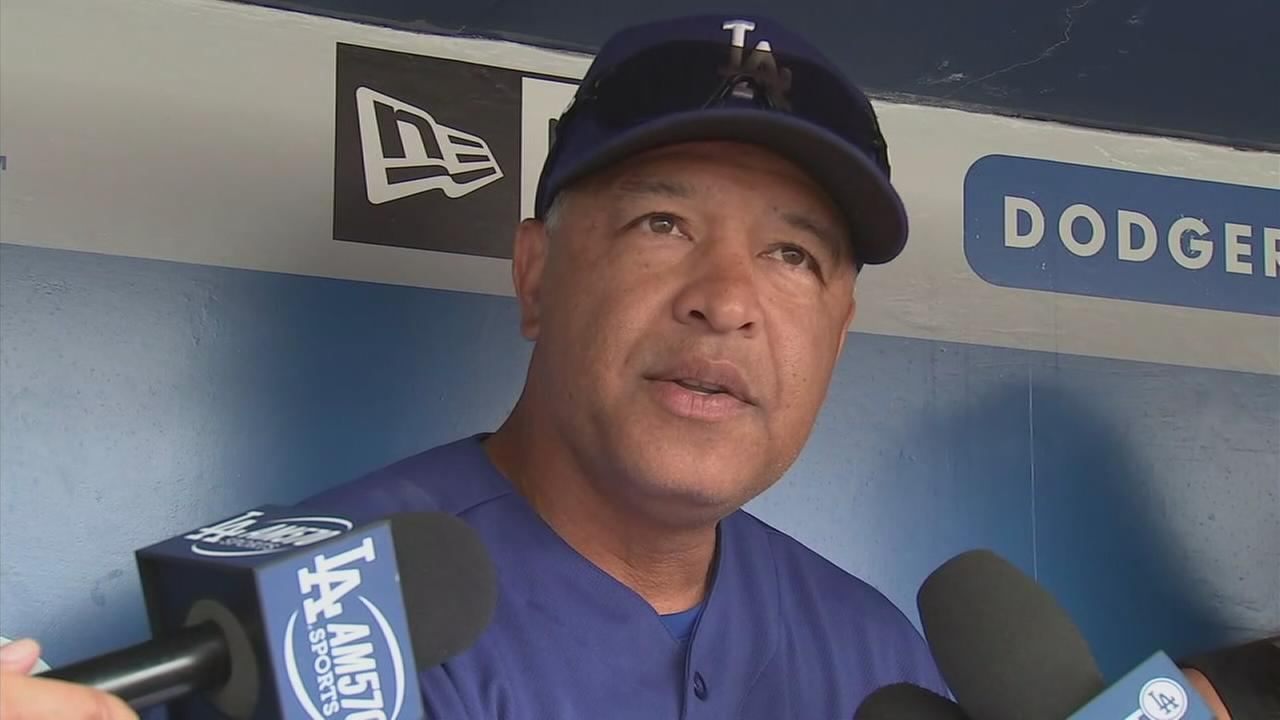 Dave Roberts speaks to media about Clayton Kershaw injury on July 24, 2017.