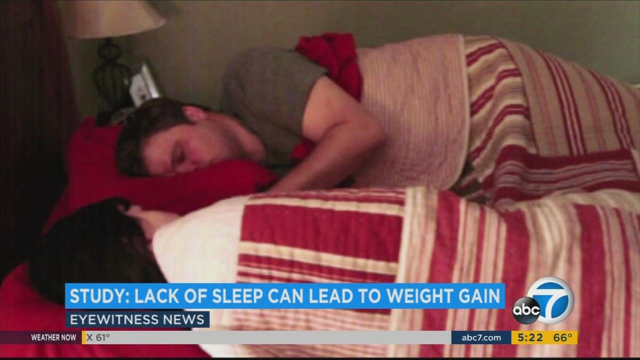Looking to slim down? Dont skimp on sleep.