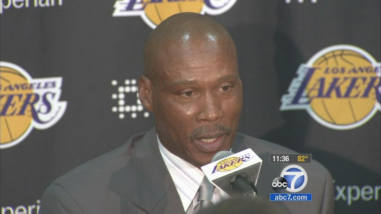 Byron Scott speaks at a news conference during his introduction as the Lakers new head coach on Tuesday, July 29, 2014.