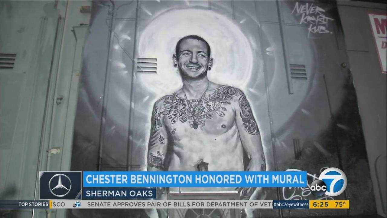 A giant mural has appeared in Sherman Oaks as a tribute to late Linkin Park singer Chester Bennington.