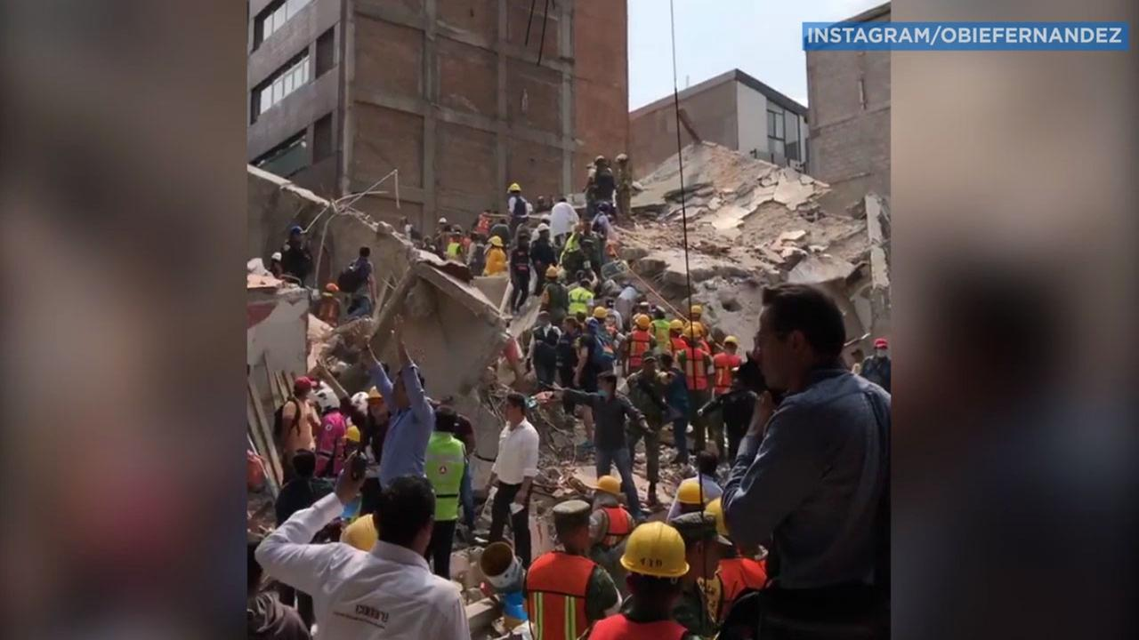 A witness captured rescue crews and thousands of people helping to pull people from the rubble and crumbled buildings.