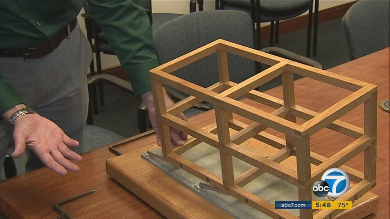 An expert with USGS shows what can happen to a Los Angeles building if it isnt properly retrofitted for an earthquake.