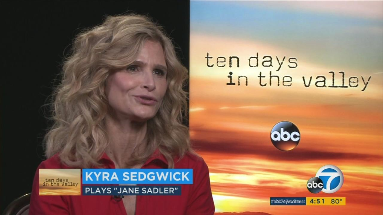 Kyra Sedgwick returns to television in the new drama Ten Days in the Valley, which premieres Sunday at 10 p.m. on ABC.