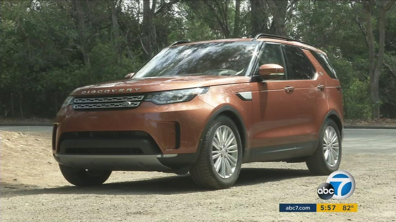 A new Land Rover Discovery is shown in a photo.