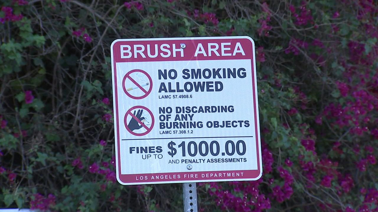 A sign shows no smoking in the Kirkwood Bowl area of the Hollywood HIlls because of extreme fire danger.
